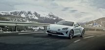 https://cdn.prmedia.fr/215x0/www.planeterenault.com/UserFiles/photos/slideshow/ALPINE_A110.jpg