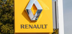 https://cdn.prmedia.fr/300x0/www.planeterenault.com/UserFiles/photos/slideshow/1918553_1594880663_1513463-1449847588-renault-1_1280x854.jpg