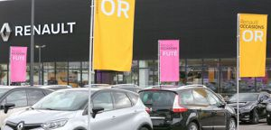 https://cdn.prmedia.fr/300x0/www.planeterenault.com/UserFiles/photos/slideshow/garage_renault.jpg