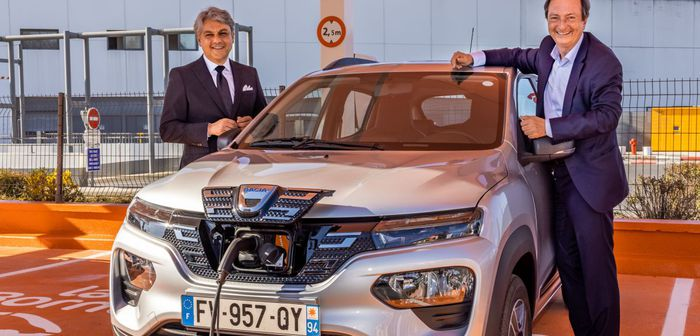 La Dacia Spring débarque dans les centres de location E.Leclerc