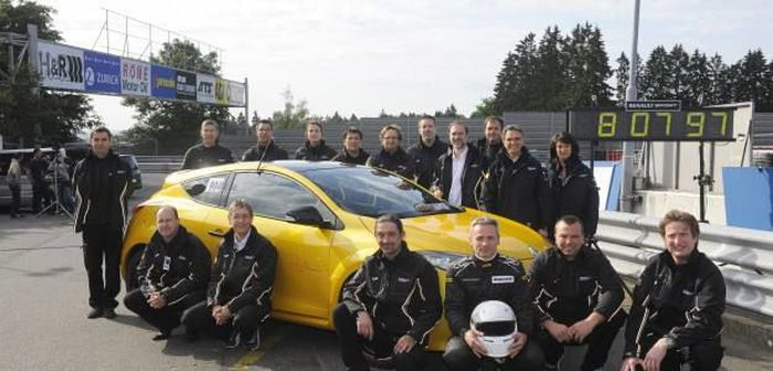 Nouveau record pour la Mégane RS Trophy au Nürburgring