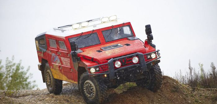 Renault Trucks Défense: Sherpa